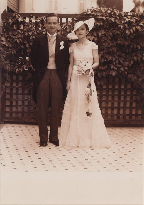 Picture of Foy and Phyllis on their wedding day in Bucharest, Romania.