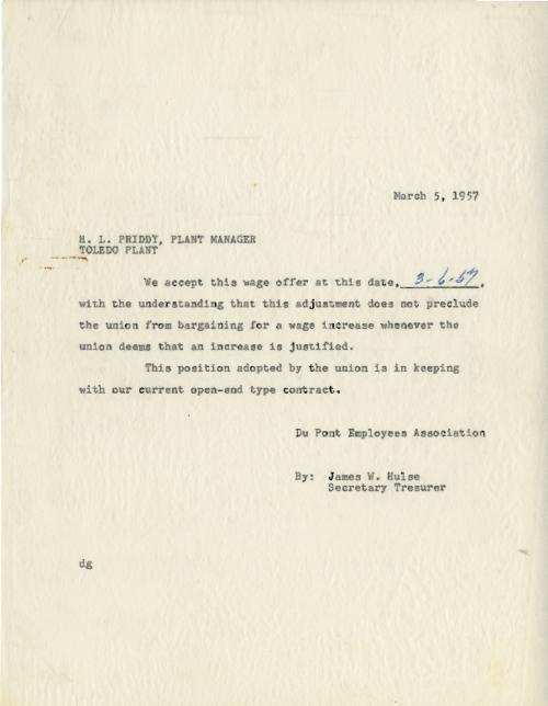 Memo to H. L. Priddy, Plant Manager, Toledo, from the Employees Association, accepting the wage increase offer. (Original memo.)