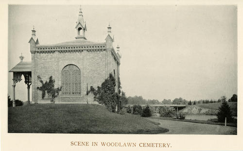 Scene in Woodlawn Cemetery. Photo of Toledo's Woodlawn Cemetery.