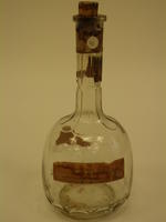 Bottle decanter with cork