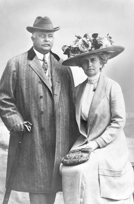 Edward and his wife Florence Libbey.