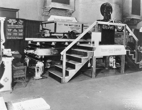 Toledo Scale products at the American Mining Congress, Cincinnati, May 7-11, 1934.